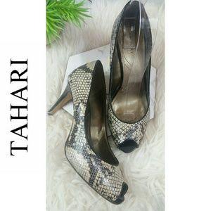 TAHARI Snake skin pattern open toe women heels